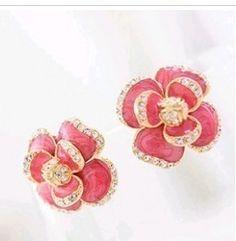 Elegant & Fashionable Flower Diamond Ear Studs ----Red