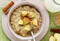 Caramelized Apple Slow Cooker Oatmeal