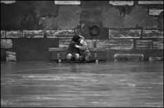 The Flooding of the River Seine, Paris, February 1978 Photo by Patrick Zachmann/Magnum Photos Paris France, White Photography, Amazing Photography, Monochrome Photography, Street Photography, Romance, Paris Love, Paris Photos, Magnum Photos