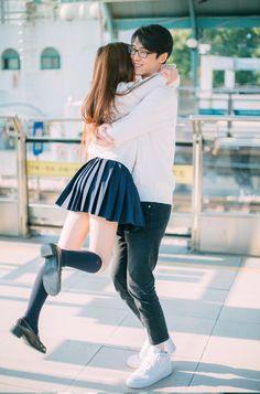 Japanese Couple, Korean Couple, Korean Girl, Mode Kpop, Asian Image, Matching Couple Outfits, Ulzzang Couple, Art Poses, Body Poses