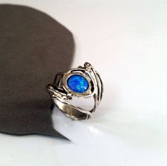 Hey, I found this really awesome Etsy listing at https://www.etsy.com/il-en/listing/225114488/leaf-ring-sterling-silver-leaf-ring-blue