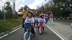 Orgulloso de estos ciudadanos! 50 niños por Laureles. @upbcolombia @IEMR_UPB