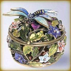 Dragonfly Jewelry Box | ... Dragonfly Box Swarovski Crystals Jewelry, Trinket, Round Pill Box