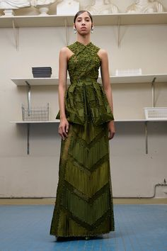 Givenchy Autumn/Winter 2016-17 Couture Paris Fashion Week