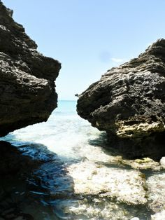 Rock Formations in Providenciales Turks and Caicos | photography by http://www.ayenianour.com/
