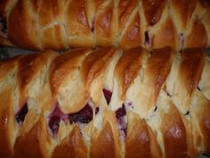 Blueberry Cream Cheese Braid: I am becoming obsessed with making my own bread...LOVE