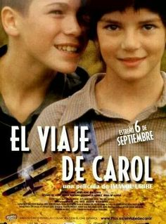 """""""EL VIAJE DE CAROL"""" (España, 2002), dirigida por Imanol Uribe.Carol, una adolescente de madre española y padre norteamericano, viaja por primera vez a España con su madre en 1938. Cuando llega al pueblo materno, se encuentra con una familia que, además de vivir bajo el yugo de los convencionalismos, oculta muchos secretos. Pero Carol, de carácter rebelde, se opone a la rigidez de ese mundo."""