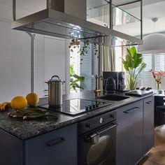 "ANNA KOSZELA architect on Instagram: ""Who has an appetite for a good design?✨ . Cooperation: @jolabernacka_projektant_wnetrz . . . #annakoszela #architektwnetrz #kuchniamarzen…"" Cool Designs, Anna, Kitchen, Instagram, Home Decor, Cooking, Decoration Home, Room Decor, Kitchens"