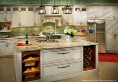 Plan to remodel your kitchen in Los Angeles? The Kitchen Factory can help. Visit our kitchen showroom and speak with our kitchen remodeling designers. Traditional Kitchen Cabinets, Kitchen Cabinet Styles, Painting Kitchen Cabinets, Kitchen Cabinetry, Kitchen Showroom, Kitchen Floor Plans, Small Cabinet, Custom Kitchens, Custom Cabinetry