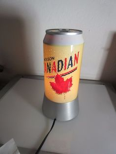 MOLSON CANADA  BEER CAN TABLE MOTION LIGHT  BEER SIGN