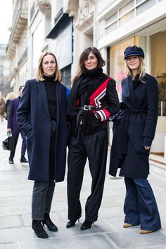 Street style at Paris Couture Week Spring/Summer 2018 Emmanuelle Alt Style, Street Style Fashion Week, Look Street Style, Paris Couture, Couture Week, Couture Fashion, Style Parisienne, French Outfit, Street Looks