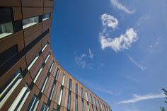 The curvy Sydport by Henning Larsen Architects. Photo by Kontraframe.