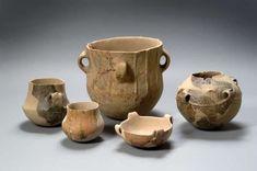 Gruppo di vasi dall'insediamento neolitico rinvenuto a Fiorano, Cave Fornaci Carani, databili alla fine del VI-inizio V millennio a.C.