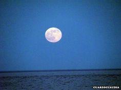 La Luna, en nuestros rituales  https://www.cuarzotarot.es/la-luna/la-luna-en-los-rituales  #FelizJueves