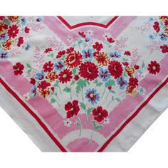 Tablecloth Printed Kitchen Vintage Pink Floral Red @rubylanecom #RLVintageKitchen