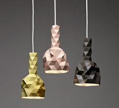 Pieni Mopo: Nerokkaita kolmioita ja valon leikkiä
