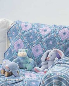 Free pattern for this darling Harlequin Blanket from Bernat!