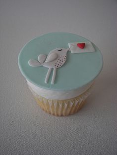 Valentine's Day Cupcakes by death by cupcake, via Flickr
