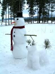 Snow dog & snow man . This would be so cute to do . Definitely gonna have the kids try this .