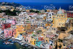Isola di Procida, nella costa di mare italiane, Napoli, Italia foto stock royalty-free