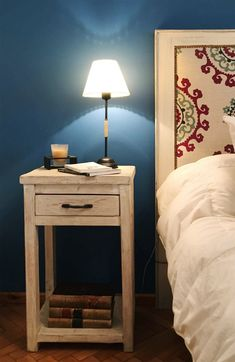 Mesas de luz 1 cajon 0.40 x 0.35 x 0.60 Decor, Furniture, Room Ideas Bedroom, Interior, Home Furnishings, Peaceful Home, Home Decor, Home Deco, Furnishings