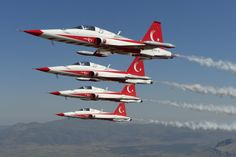 """Turkish Air Force """"Turkish Stars"""" Northrop/Canadair NF-5A Freedom Fighters"""