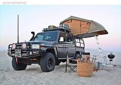 Sent in by This Cruiser has got it all. Man I want one of those. by cruisershirts Toyota Camper, Off Road Camper, Truck Camper, Toyota 4runner, Land Cruiser Pick Up, Toyota Land Cruiser, Overland Truck, Expedition Vehicle, Survival Fishing