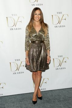 Pin for Later: The Statue of Liberty Is About to Get All Wrapped Up in DVF Sarah Jessica Parker in a DVF Wrap Dress