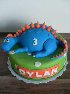 Dinosaurus taart / Dinosaur cake.
