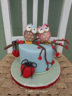 Valentine's Day fondant cake and Owls.