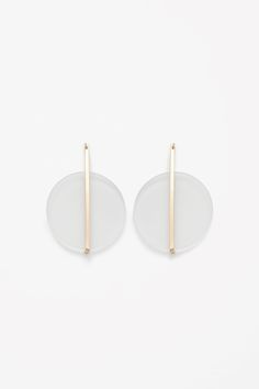 Frosted circle earrings