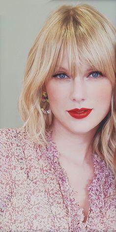 Taylor Swift A Heart Queen Taylor Swift Eyes, Estilo Taylor Swift, Long Live Taylor Swift, Taylor Swift Pictures, Taylor Alison Swift, Mtv, Taylor Swift Wallpaper, Taylors, My Idol