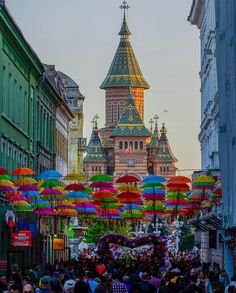 Timisoara  Romanya 🇷🇴. Romania, The Good Place, Times Square, Travel Tips, Places To Visit, Country, City, World, Colors