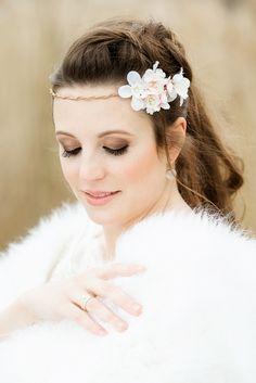Boho Make-up mit dunkel Lidschatten für die Braut