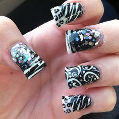 Black & white zebra with sparkle 😍