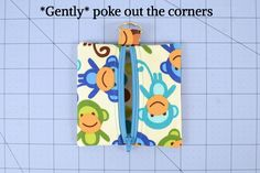 Zipper pouches are one of the easiest and cutest sewing projects that you can make. 18 Zipper Pouch Patterns You Should Check Out! Zip Pouch Tutorial, Diy Pouch No Zipper, Zipper Pencil Case, Coin Purse Tutorial, Cute Sewing Projects, Sewing Projects For Beginners, Sewing Tutorials, Eyelashes, Eyebrows