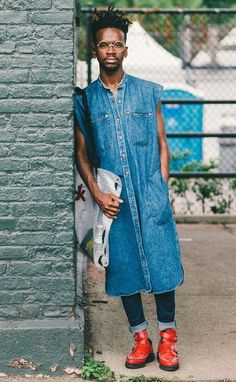 Head to toe denim // More Men's Street Style Inspiration From Brooklyn's Afropunk Festival: (http://www.racked.com/2015/8/24/9197107/afropunk-style?utm_content=buffer1212f&utm_medium=social&utm_source=pinterest&utm_campaign=racked#4816368)