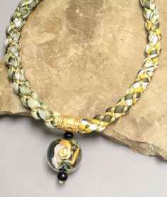 Accent Bead Design is home of Kumihimo To Go. Japanese braiding products and beaded ornament covers.