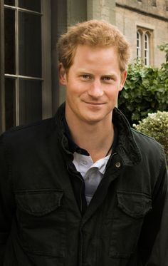 """5 Things You Didn't Know About Prince Harry 5 Things You Didn't Know About Prince Harry 5 Things You Didn't Know About Prince Harry<br> How well do you know Britain's most beloved """"funcle""""? Prince Harry Divorce, Prince Harry Real Father, Prince Harry Hair, Prince Harry Military, Prince Harry Chelsy Davy, Prince Harry Young, Prince Harry And Kate, Prince Harry Wedding, Harry And Meghan Wedding"""
