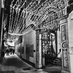 The marvels of Grafton Street at Christmas time Grafton Street, Dublin, Big Ben, Christmas Time, Ireland, Marvel, Magic, Jewels, Instagram Posts