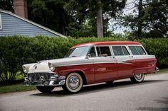 ford country sedan