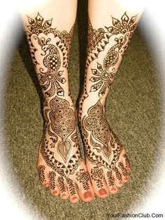 Gorgeous mehndi! Intricate and clean in design.