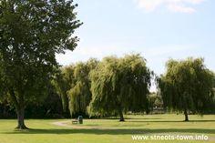 Regatta Meadow, Riverside Park, St Neots, Canbridgeshire #perfectpicnic #joules