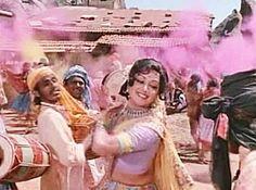Top 12 Bollywood Songs for Holi: Holi Ke Din Dil Mil Jatey Hain
