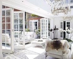 Looking for new trending french door ideas? Find 100 pictures of the very best french door ideas from top designers. Outdoor Living Areas, Indoor Outdoor Living, Outdoor Rooms, Living Spaces, Patio Interior, Interior And Exterior, Interior Design, French Interior, Style At Home