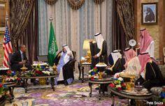 Obama se reúne con el rey Abdulá