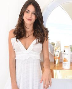 Your celebrity destination for the latest celebrity photos, videos, GIFs and more. Pantene, Latin Women, Celebs, Celebrities, Violet, Cool Girl, Beautiful People, Celebrity Style, Girl Fashion