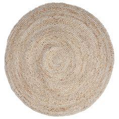 Geniet binnen of buiten van de natuurlijke jute vezels van dit rond gevlochten vloerkleed.
