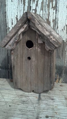 CHIPPY PINK vintage BIRDHOUSE by oldetymemarketplace on Etsy