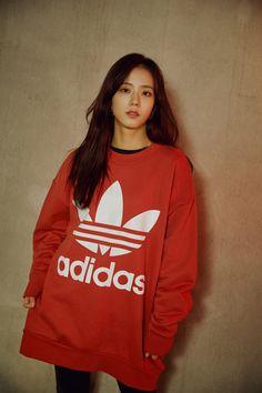 Adidas with Blackpink Kim Jennie, Jenny Kim, Kpop Girl Groups, Korean Girl Groups, Kpop Girls, Blackpink Jisoo, Forever Young, Cover Wattpad, Black Pink ジス